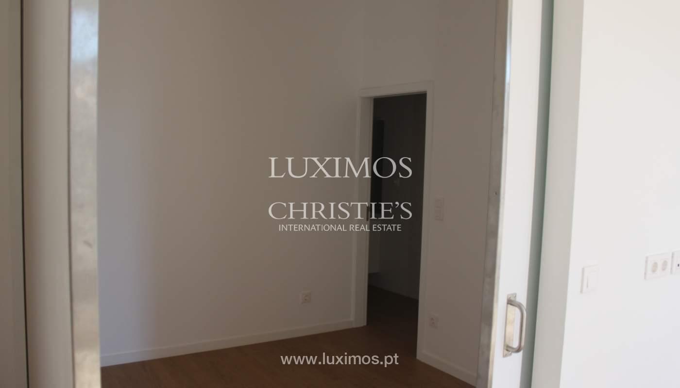 Neue Wohnung mit Balkon zum Verkauf im Zentrum von Porto, Portugal_118564