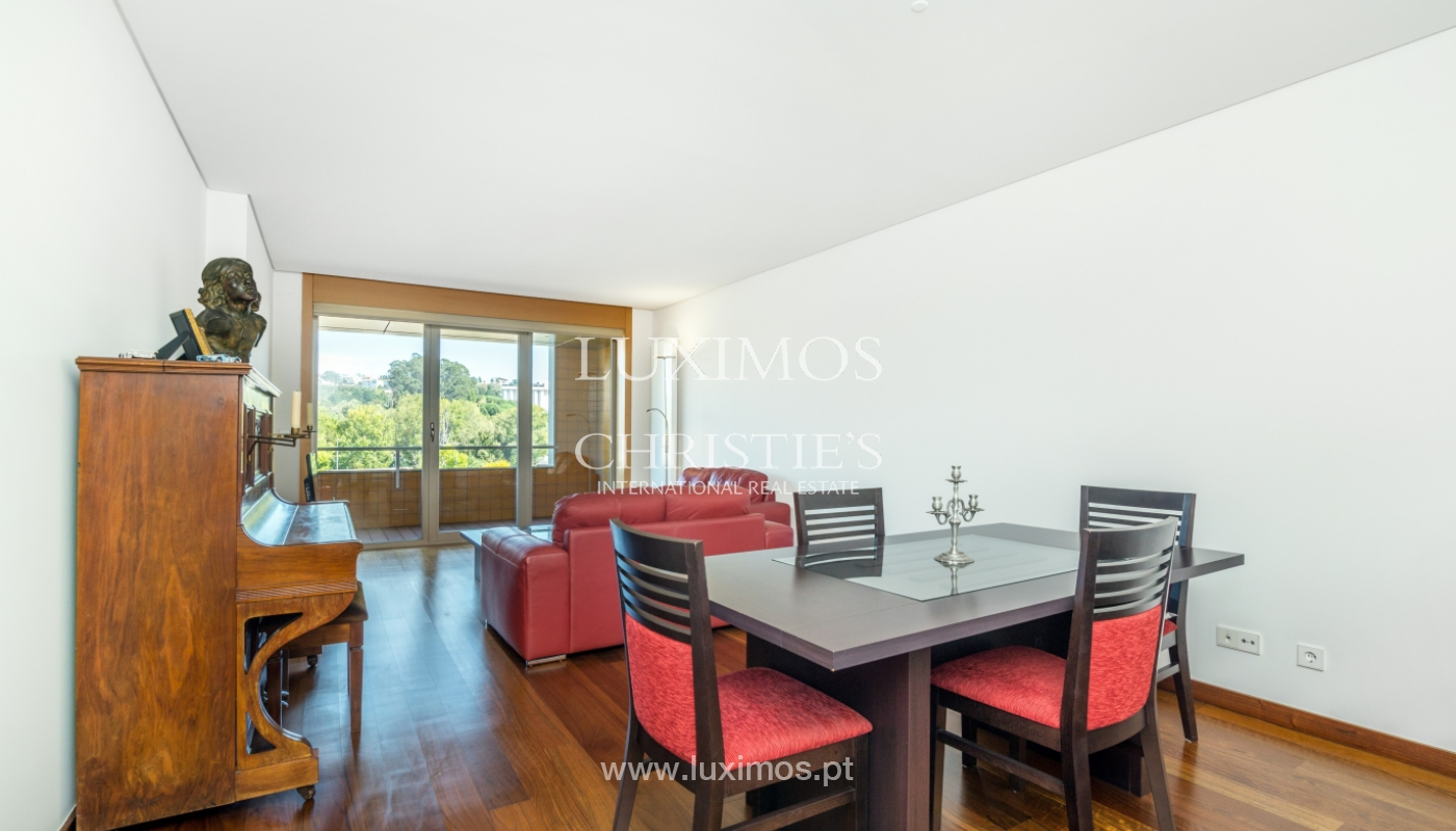 Sale of apartment with balcony and river views, Porto, Portugal_119058