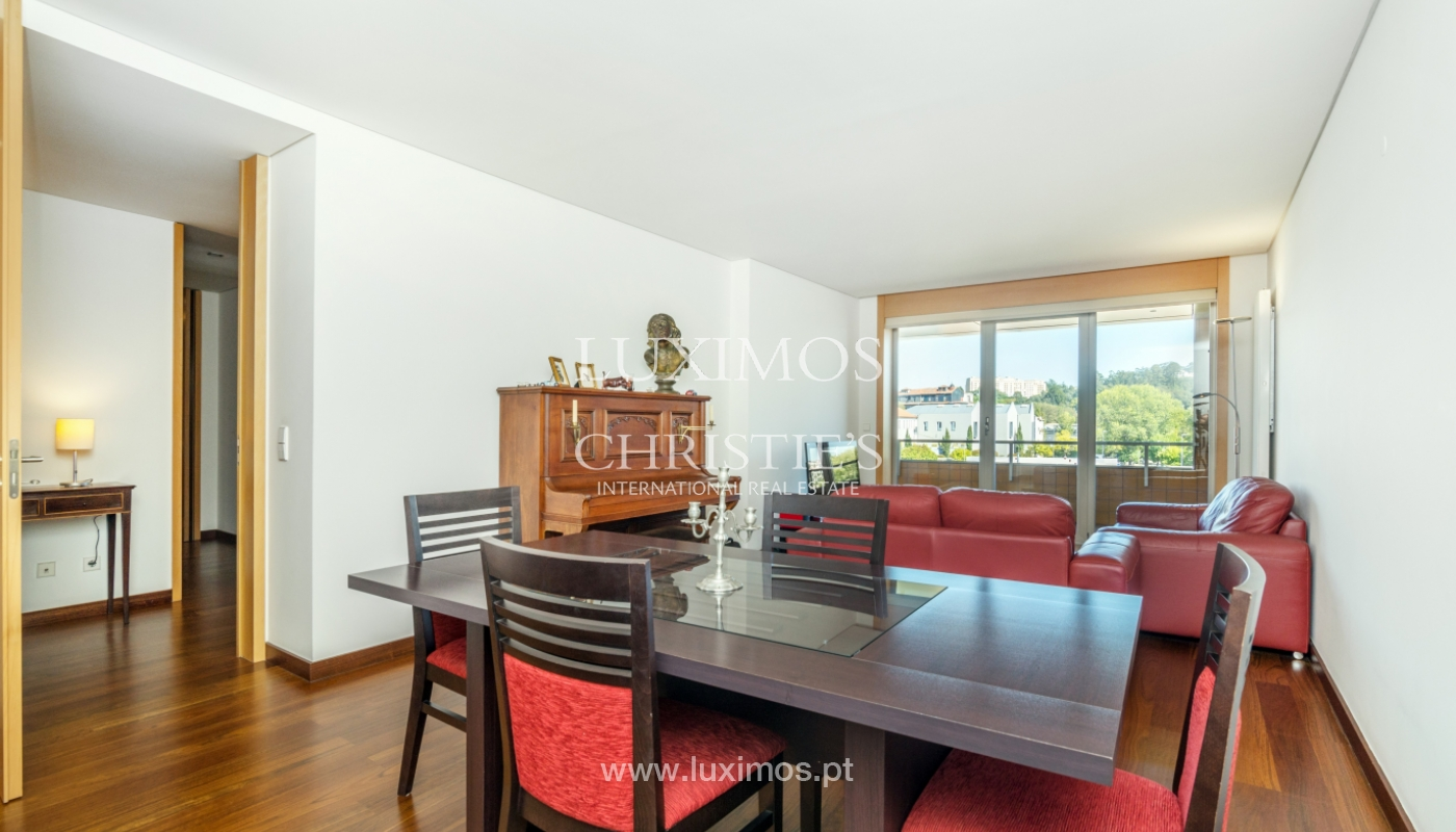 Sale of apartment with balcony and river views, Porto, Portugal_119060