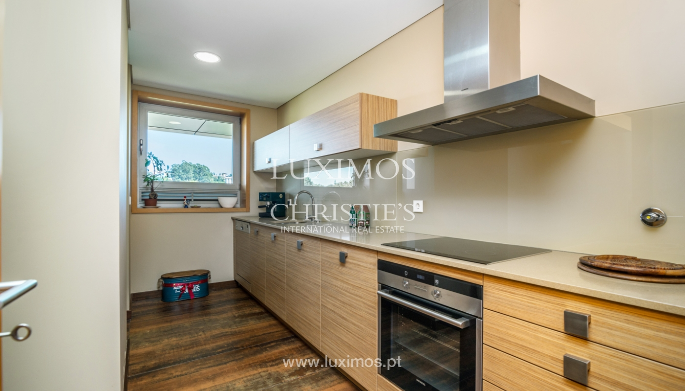 Sale of apartment with balcony and river views, Porto, Portugal_119064