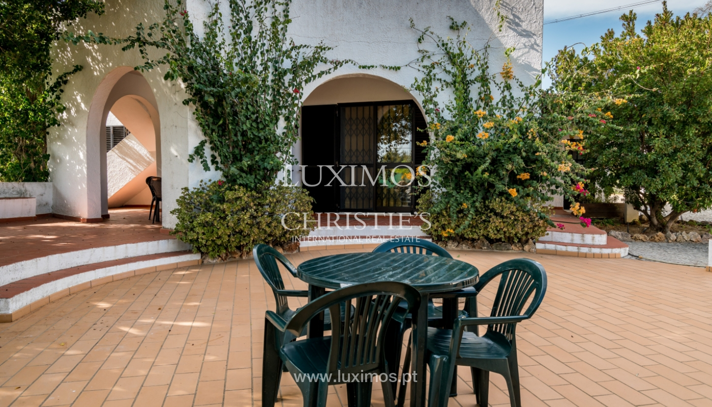 Sale of villa with pool and garden in Almancil, Algarve, Portugal_119455