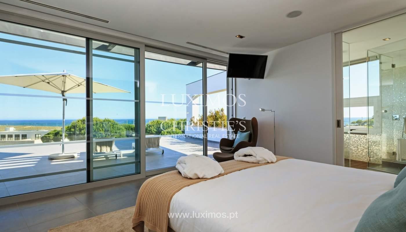 Haus zum Verkauf, Meerblick, direkter Zugang zum Strand, in Vale do Lobo, Algarve, Portugal_119542