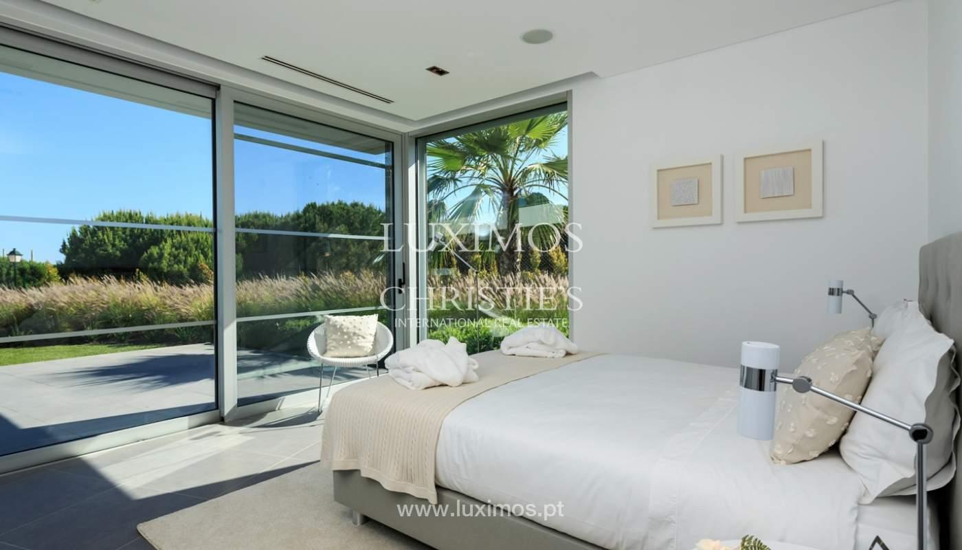 Haus zum Verkauf, Meerblick, direkter Zugang zum Strand, in Vale do Lobo, Algarve, Portugal_119548