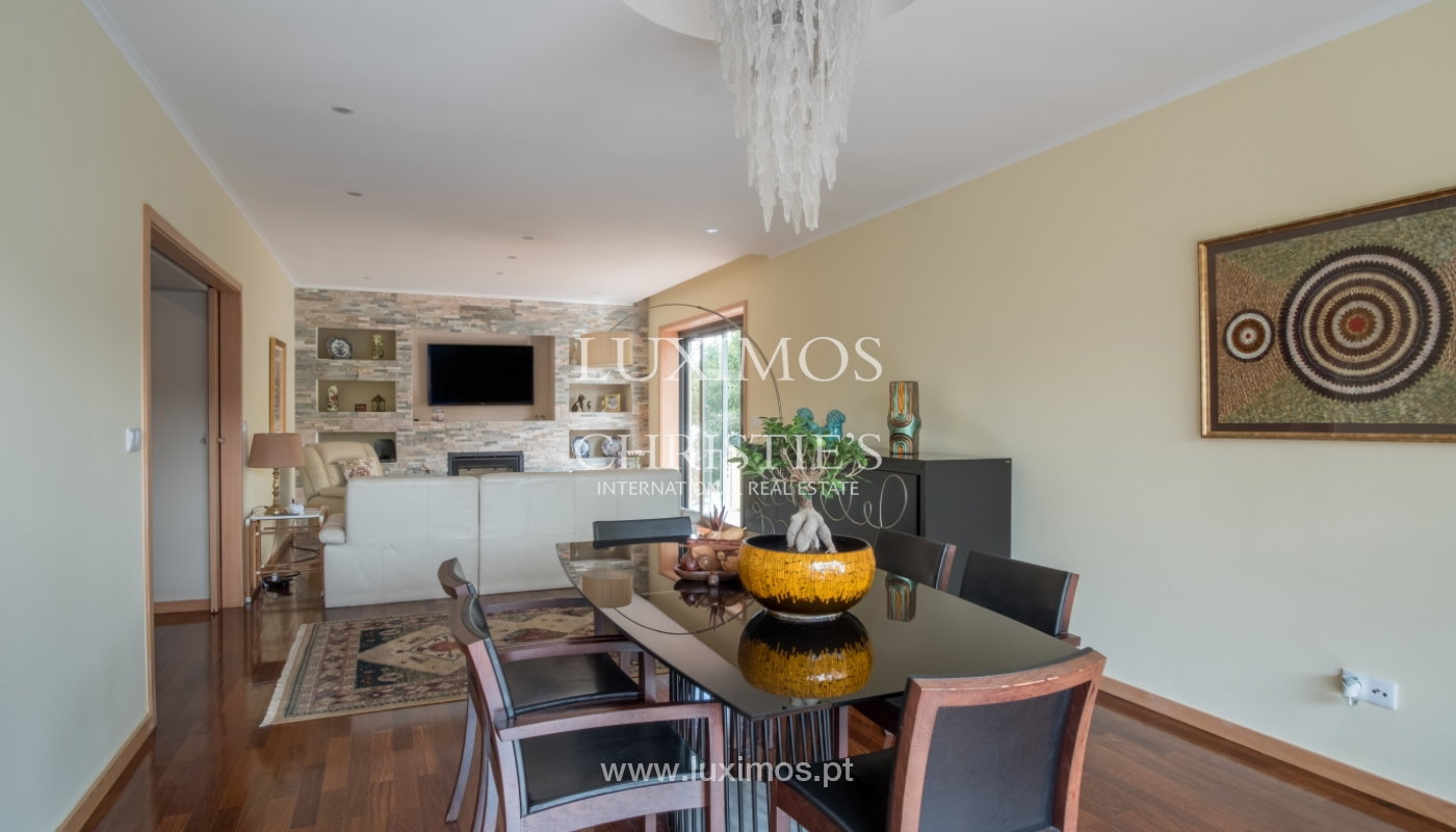 Sale of recently remodeled villa, with terrace, Porto, Portugal_120018