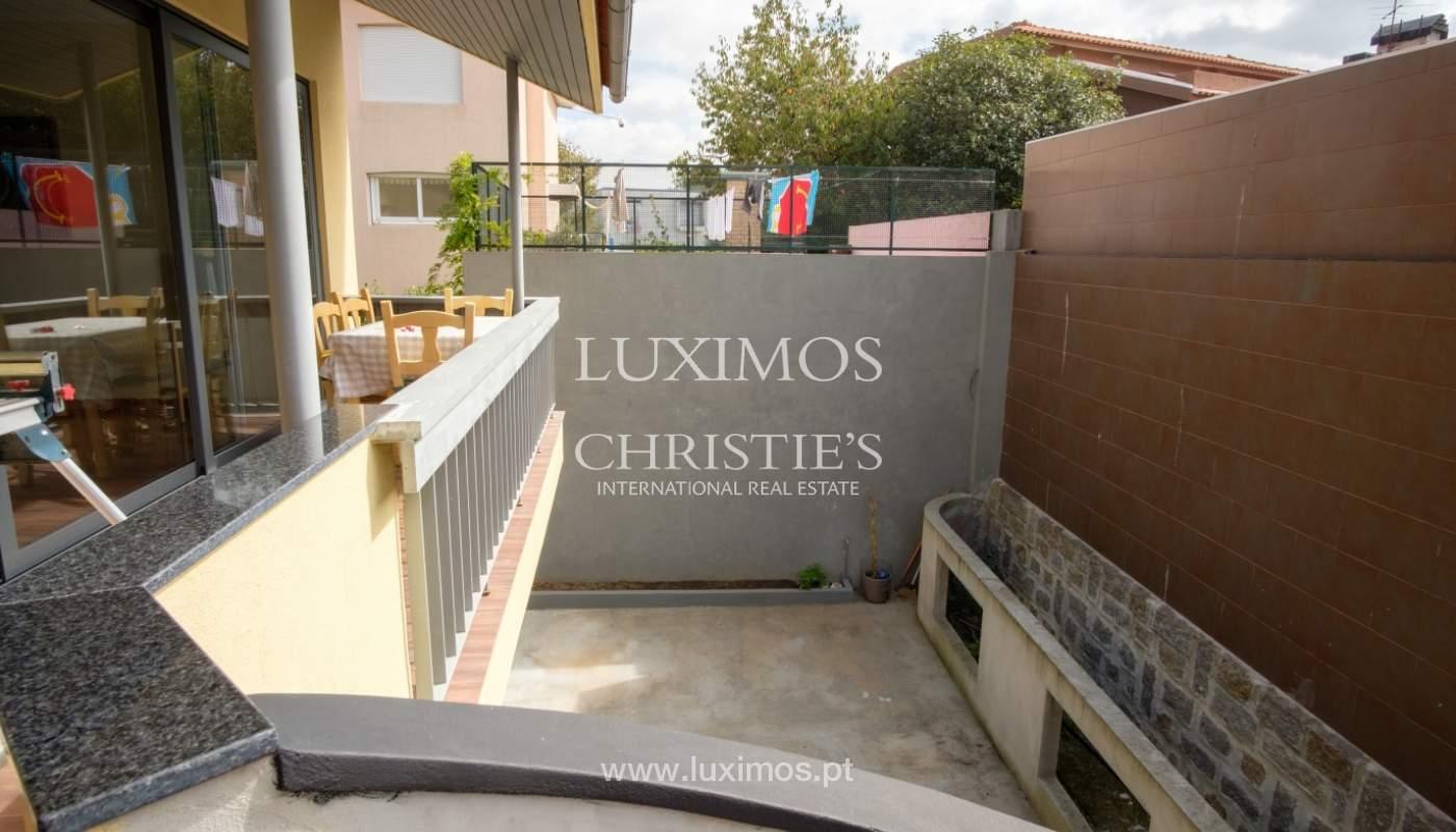 Venda de moradia recentemente remodelada, com terraço, Porto_120032