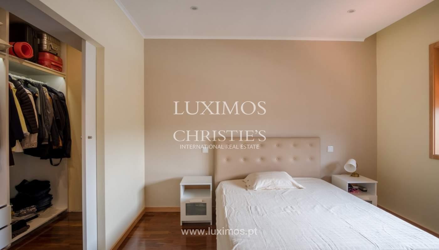 Venda de moradia recentemente remodelada, com terraço, Porto_120051