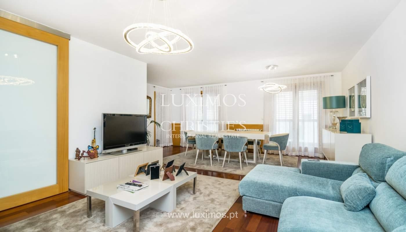 Apartamento duplex en condominio cerrado, Bonfim, Porto, Portugal_120100
