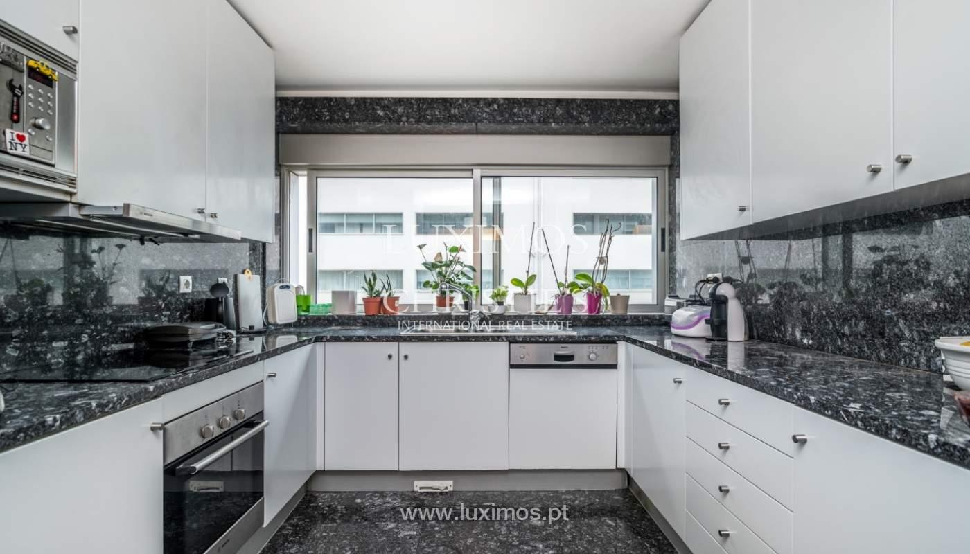 Apartamento duplex en condominio cerrado, Bonfim, Porto, Portugal_120101