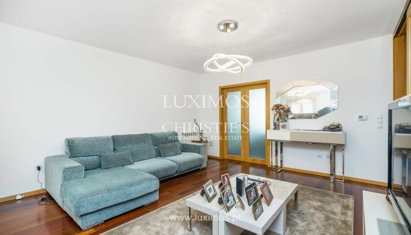 Apartamento duplex en condominio cerrado, Bonfim, Porto, Portugal_120106