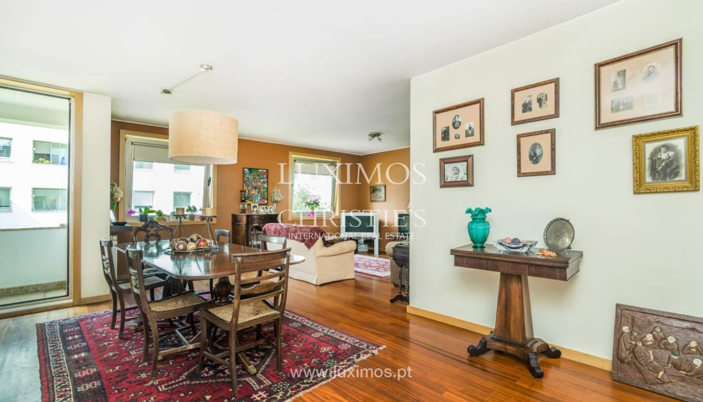 Sale of apartment in luxury condominium in Matosinhos Sul, Portugal_120168