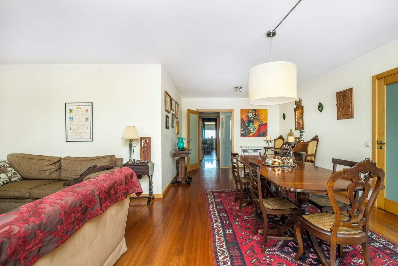 venda-de-apartamento-em-condominio-de-luxo-em-matosinhos-sul