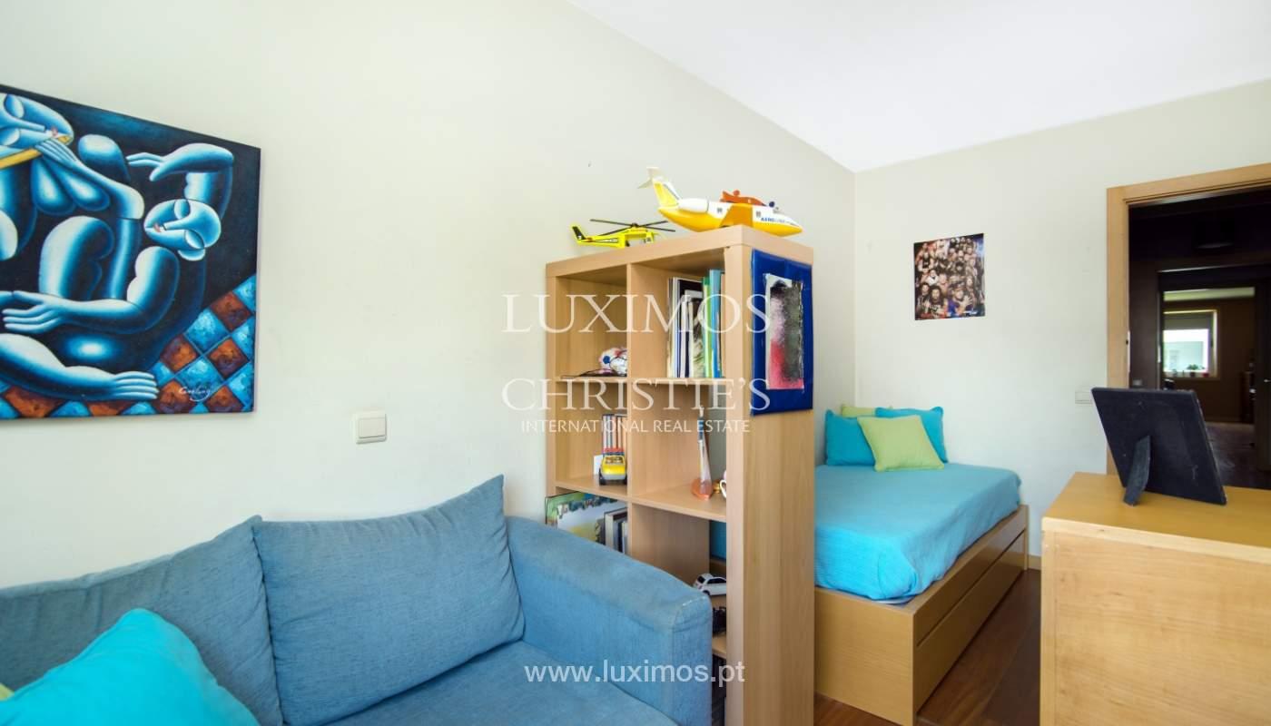 Sale of apartment in luxury condominium in Matosinhos Sul, Portugal_120184