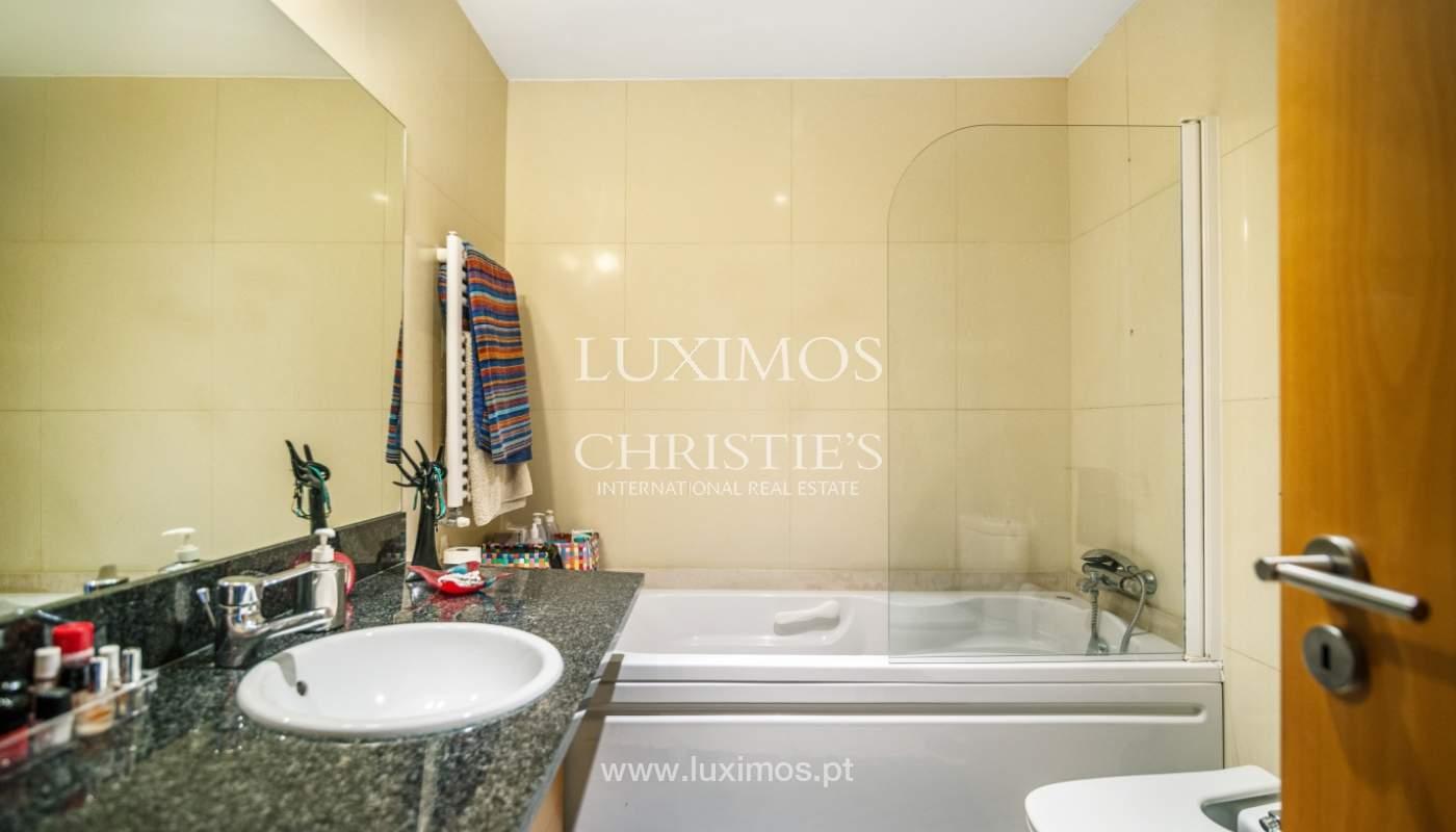 Sale of apartment in luxury condominium in Matosinhos Sul, Portugal_120189