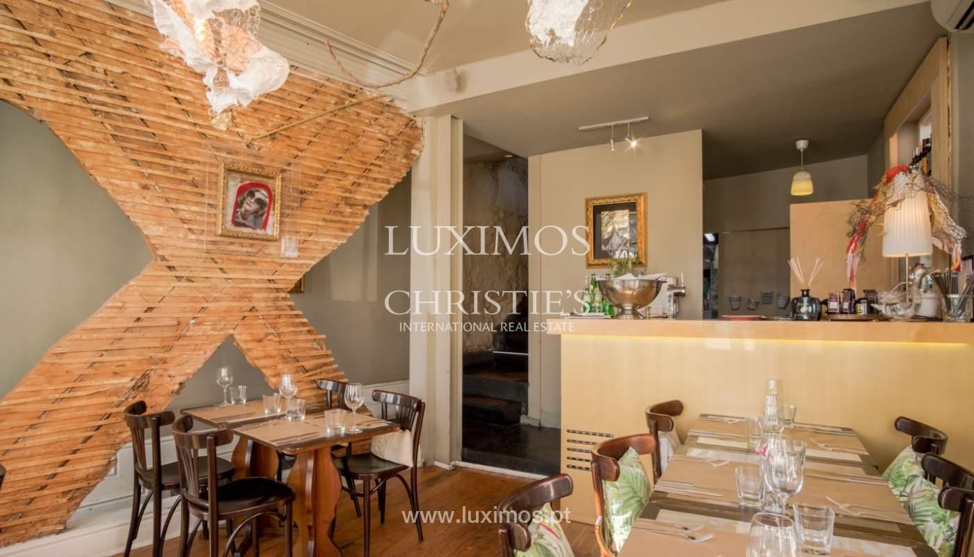 Sale of building with restaurant, Cedofeita, Porto, Portugal_120561