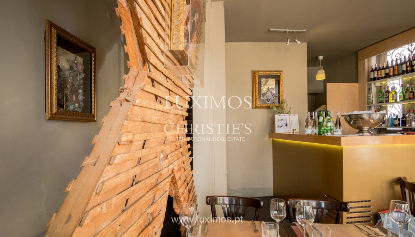 Sale of building with restaurant, Cedofeita, Porto, Portugal_120562