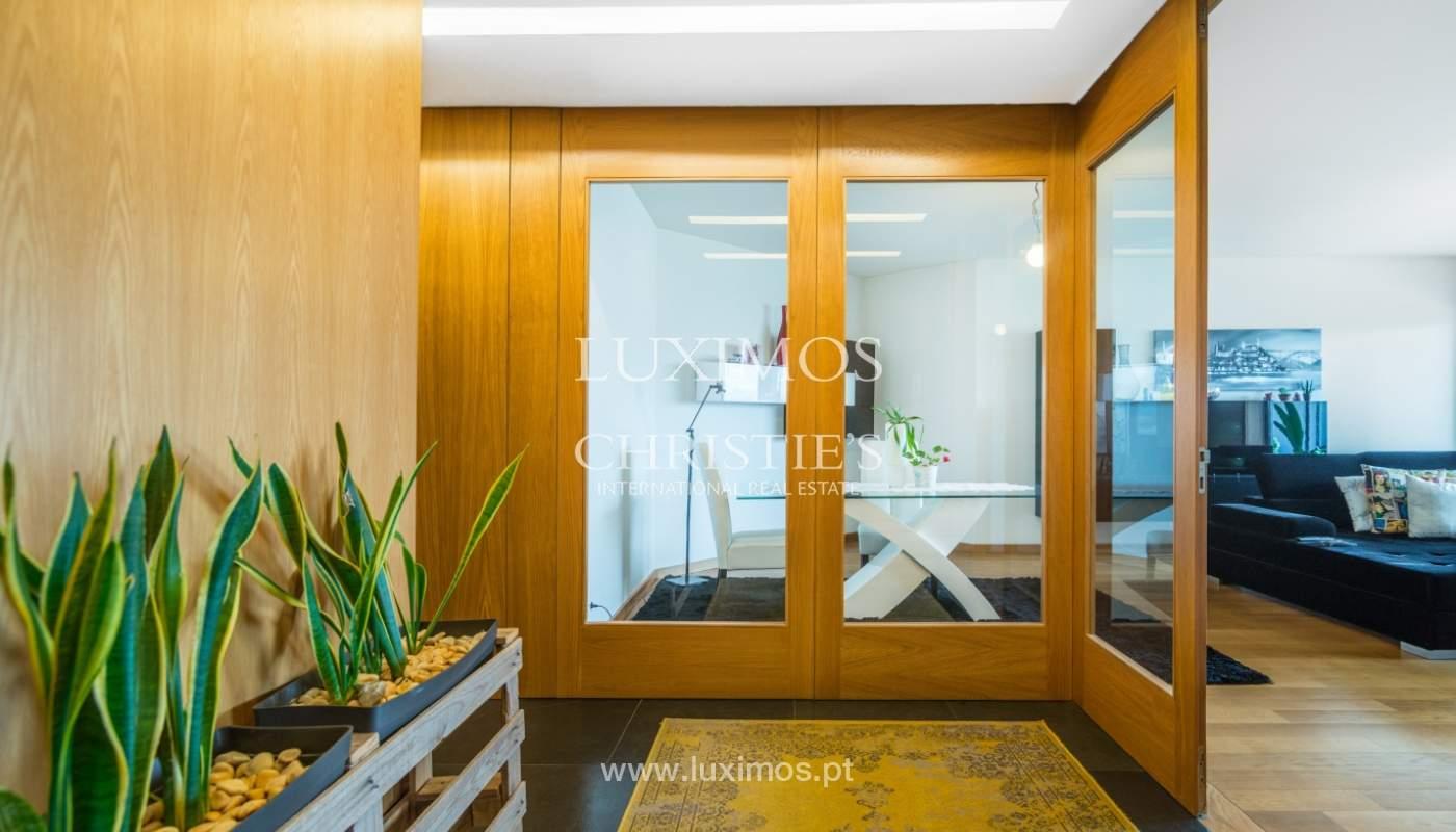 Sale of apartment with panoramic views, Vila Nova de Gaia, Portugal_120760