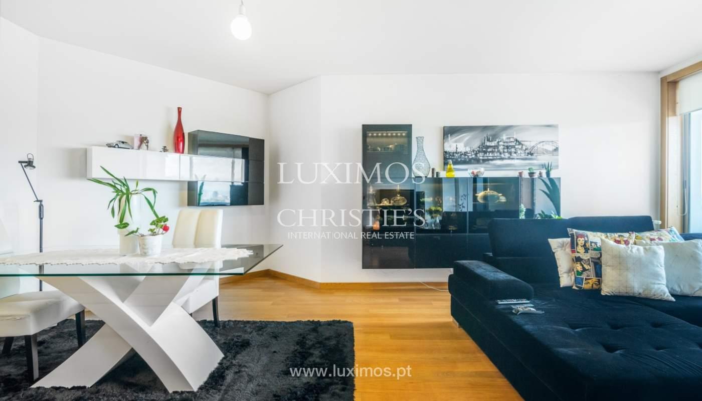 Sale of apartment with panoramic views, Vila Nova de Gaia, Portugal_120762