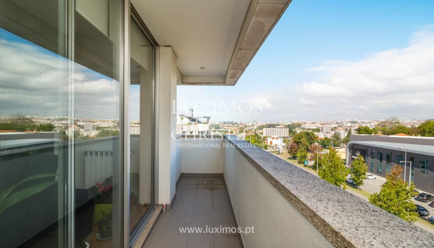 Sale of apartment with panoramic views, Vila Nova de Gaia, Portugal_120767