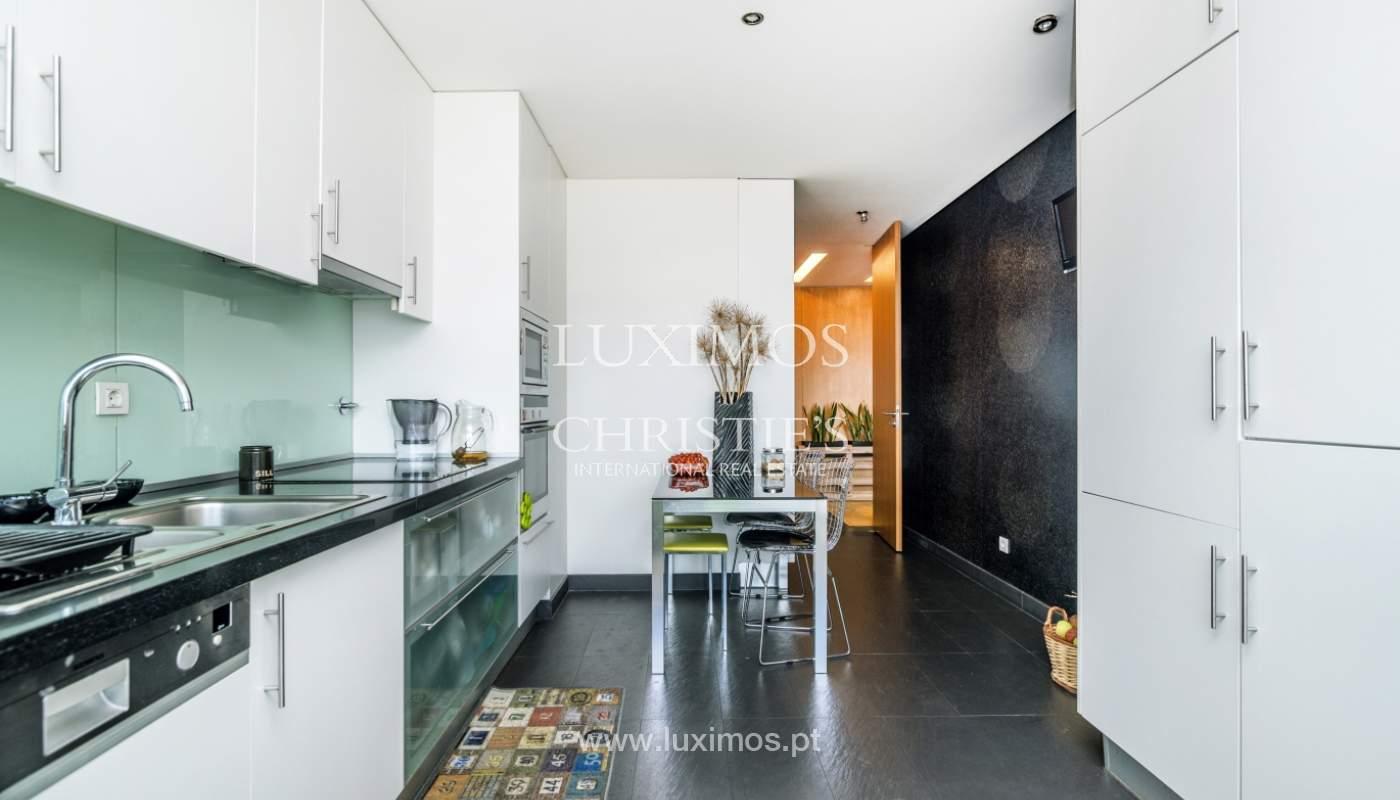 Sale of apartment with panoramic views, Vila Nova de Gaia, Portugal_120768