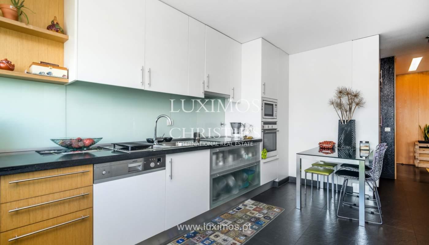 Sale of apartment with panoramic views, Vila Nova de Gaia, Portugal_120769
