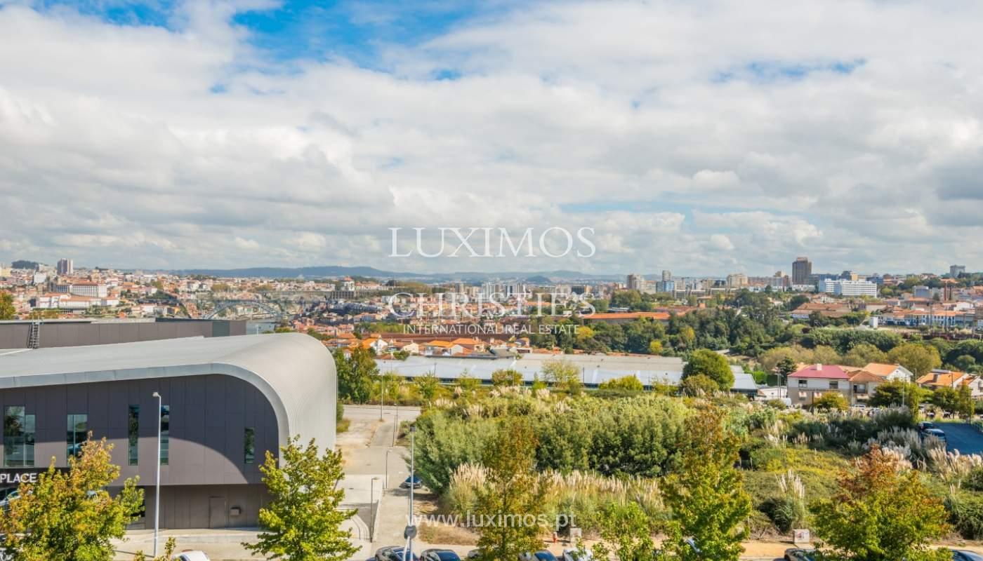 Sale of apartment with panoramic views, Vila Nova de Gaia, Portugal_120770