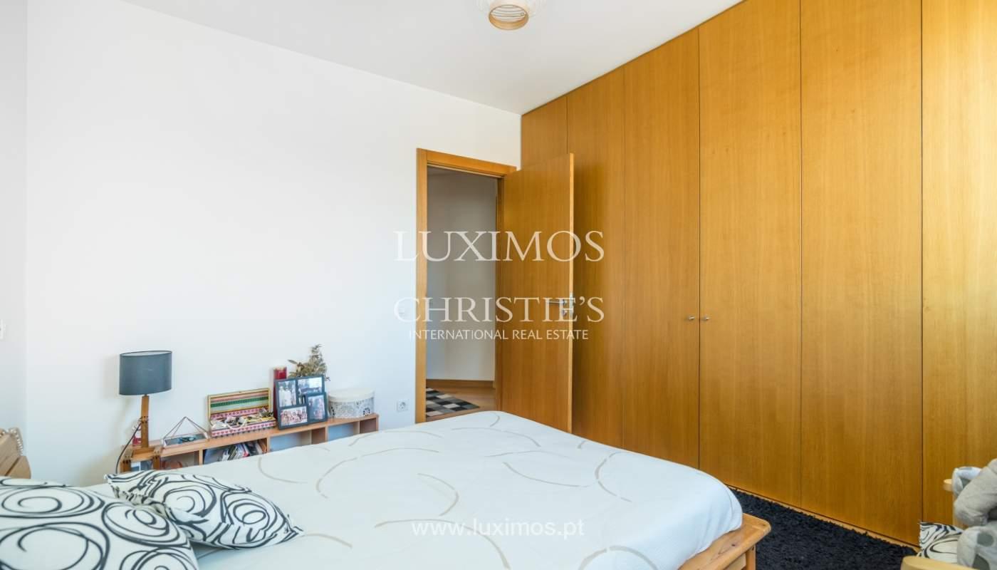 Sale of apartment with panoramic views, Vila Nova de Gaia, Portugal_120773