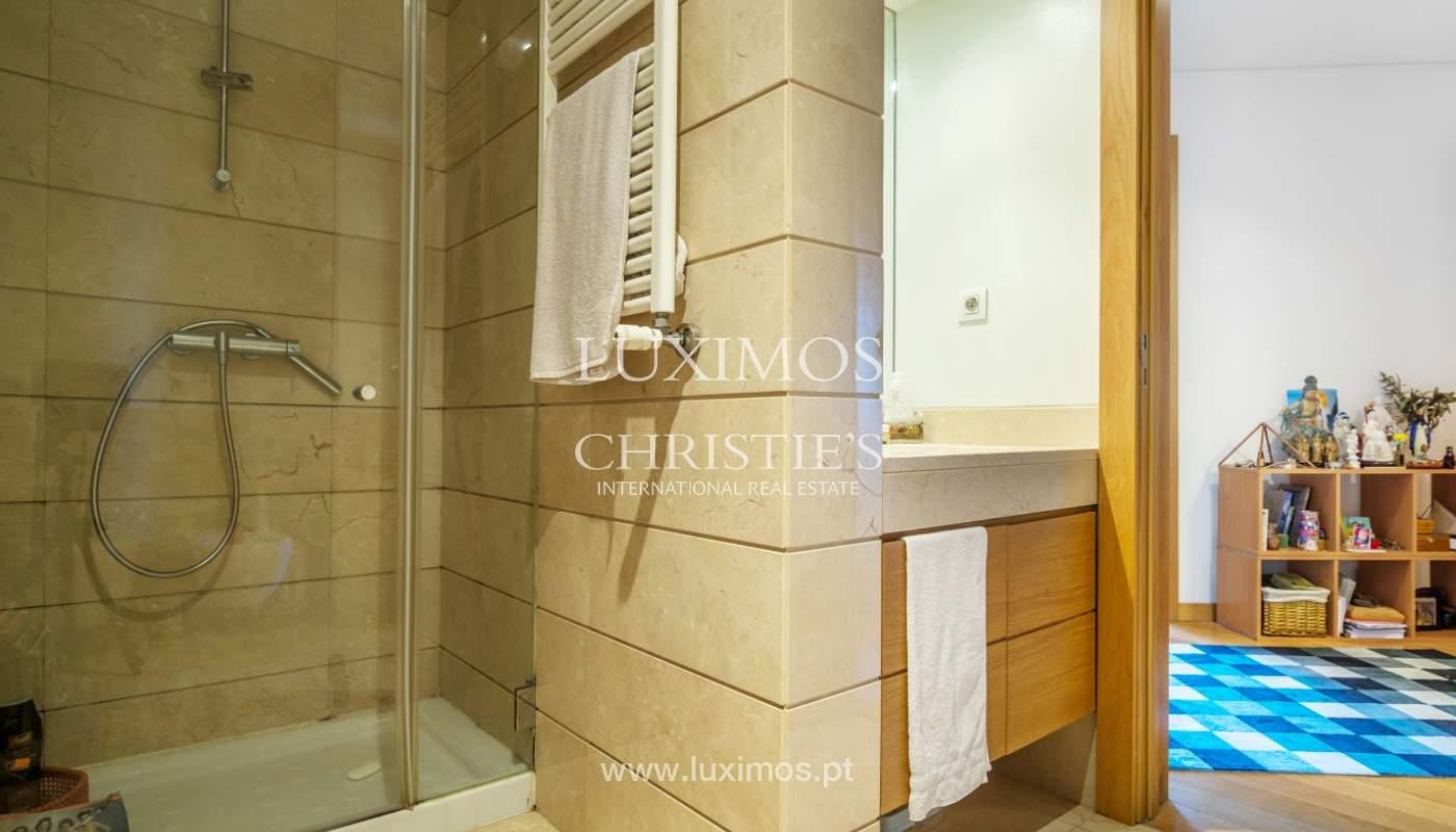 Sale of apartment with panoramic views, Vila Nova de Gaia, Portugal_120776