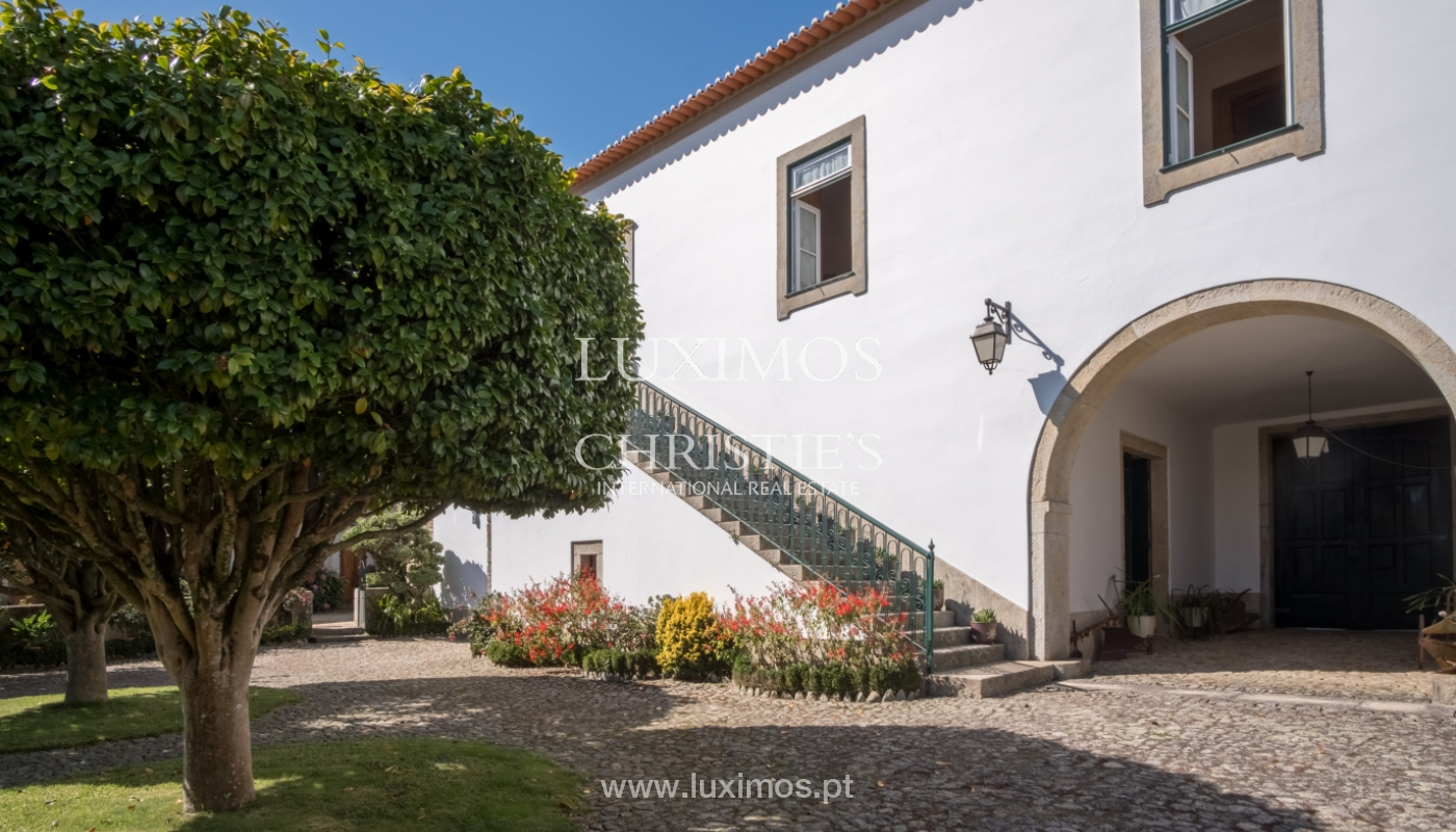 19th-century manor house in excellent condition, Vairão, Portugal_120807