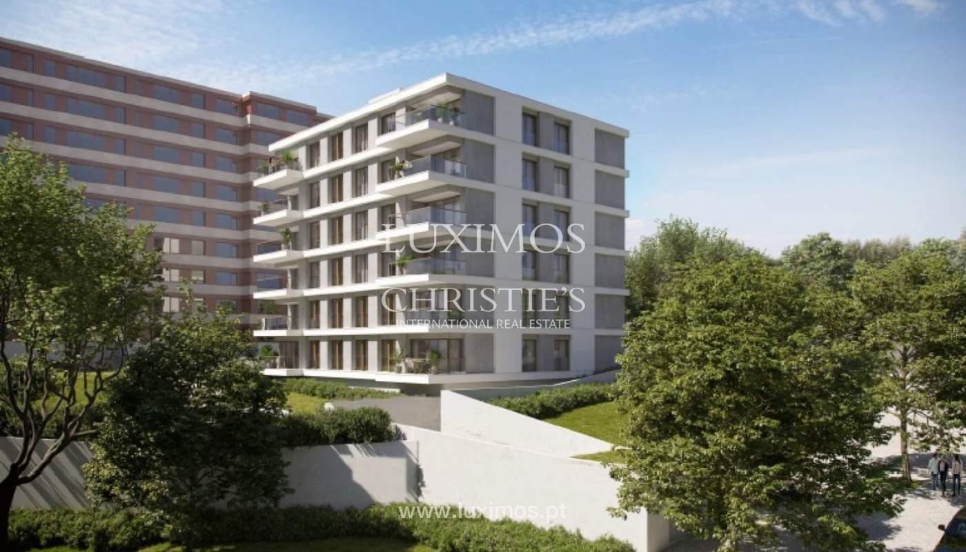 Sale of new apartment T4 with balcony, Pinhais da Foz, Porto, Portugal_121417