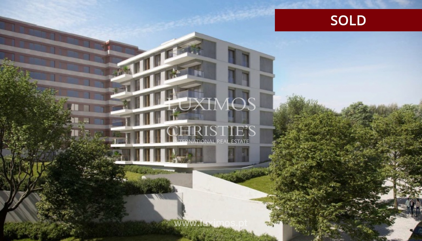 Sale of new apartment T3 with balcony, Pinhais da Foz, Porto, Portugal_121419