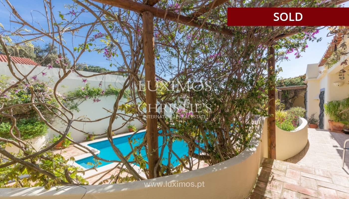 Freistehende villa zum Verkauf, pool, Garten und Tennisplatz, Quarteira, Algarve, Portugal_121620
