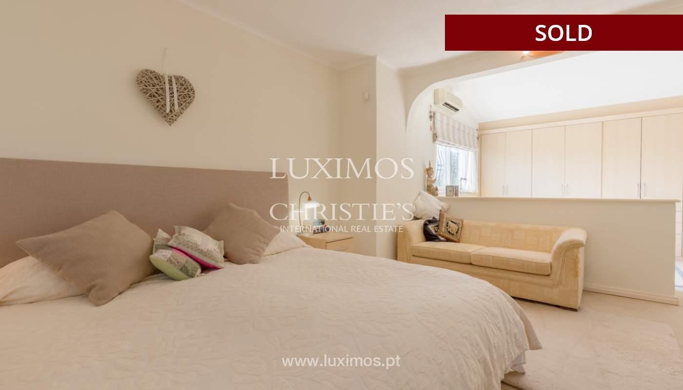 Freistehende villa zum Verkauf, pool, Garten und Tennisplatz, Quarteira, Algarve, Portugal_121622