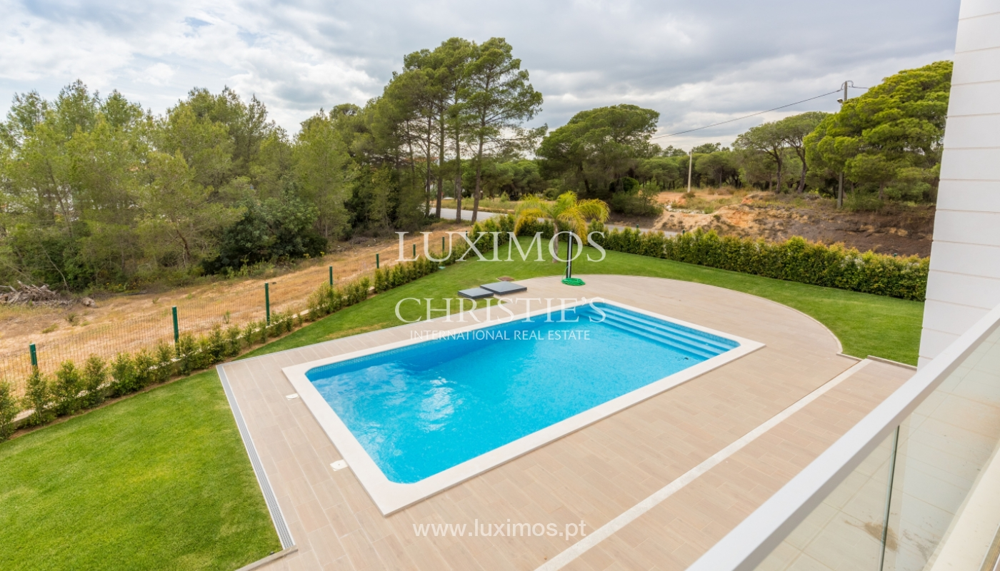 Villa for sale with pool, near the sea and the golf, Algarve, Portugal_121717