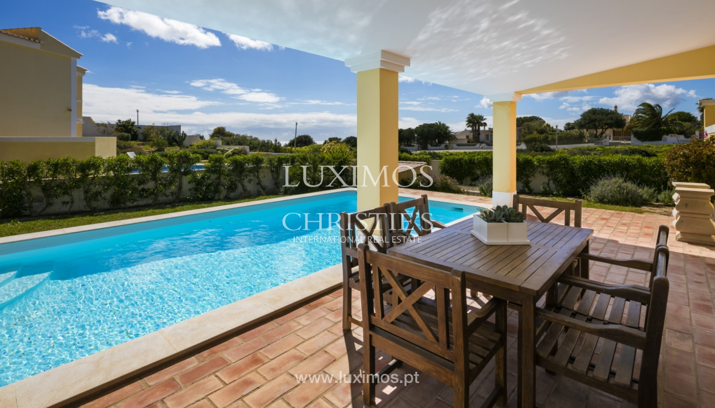 Villa for sale with pool, near the beach, Lagos, Algarve, Portugal_121807