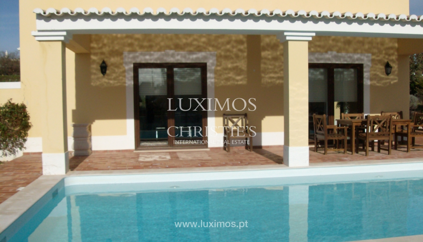 Villa for sale with pool, near the beach, Lagos, Algarve, Portugal_121809