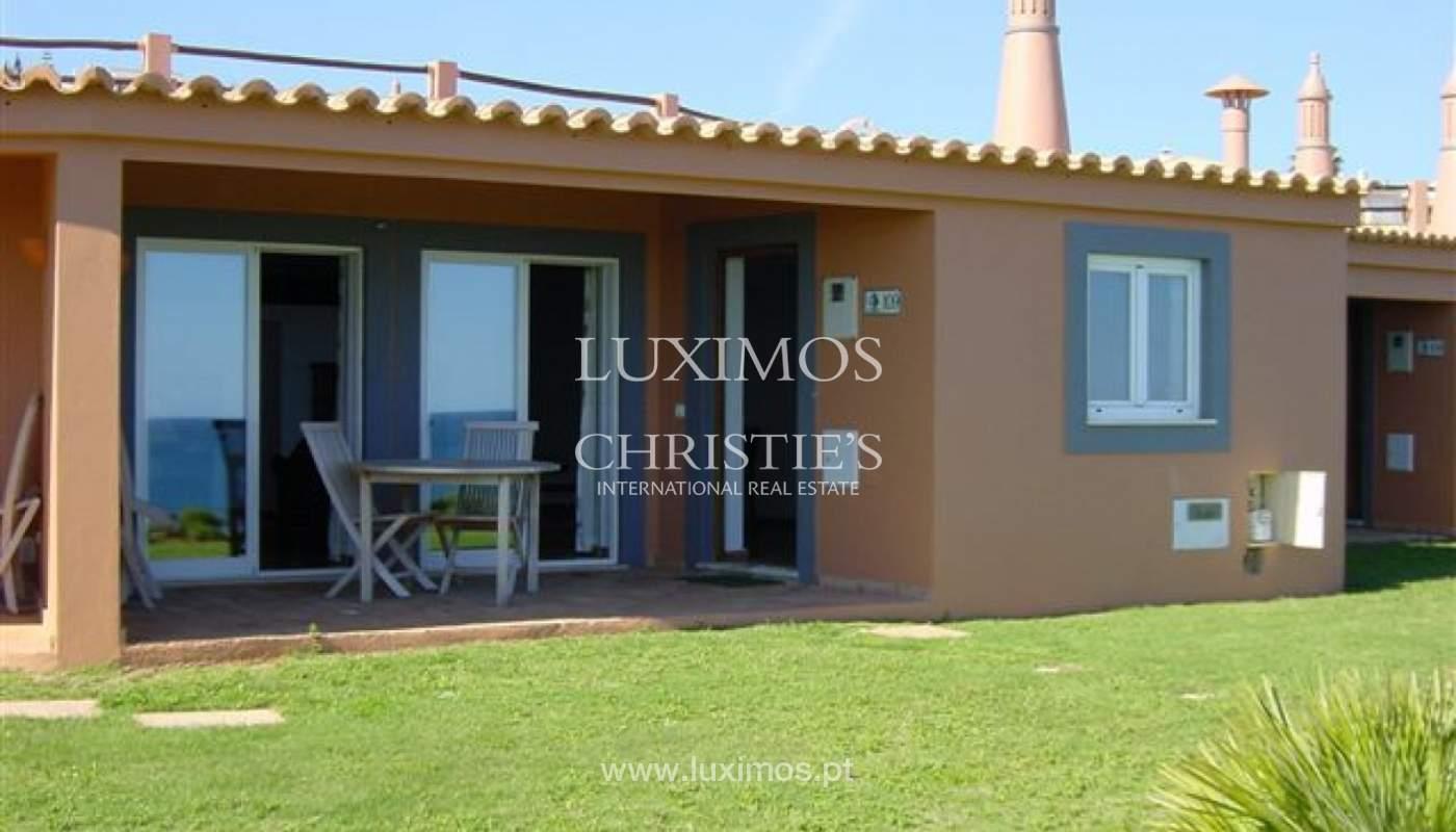 Venda de moradia com terraço, piscina e vistas mar, Lagos, Algarve_121937