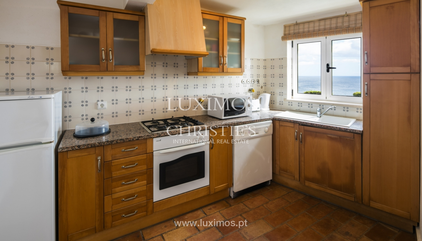 Venda de moradia com terraço, piscina e vistas mar, Lagos, Algarve_121940