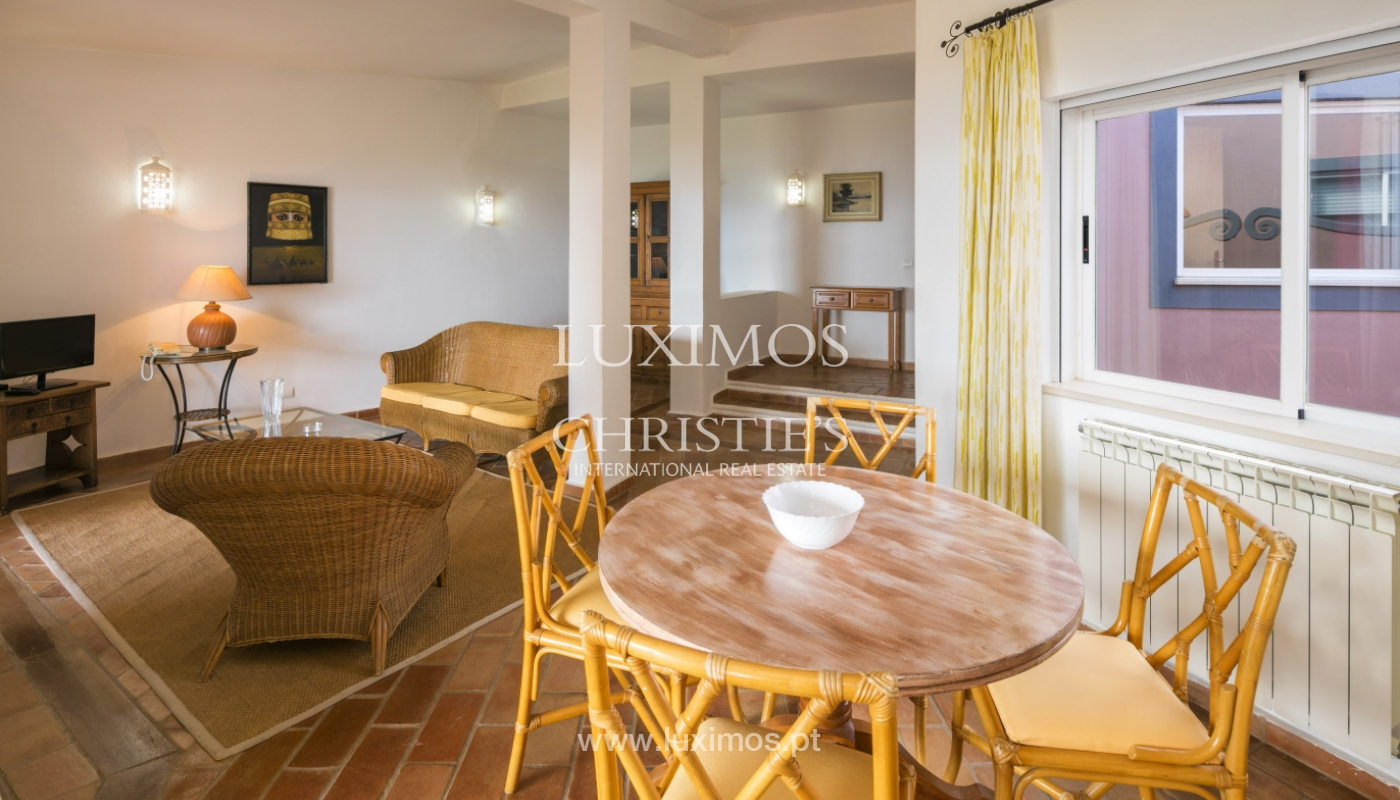 Venda de moradia com terraço, piscina e vistas mar, Lagos, Algarve_121941