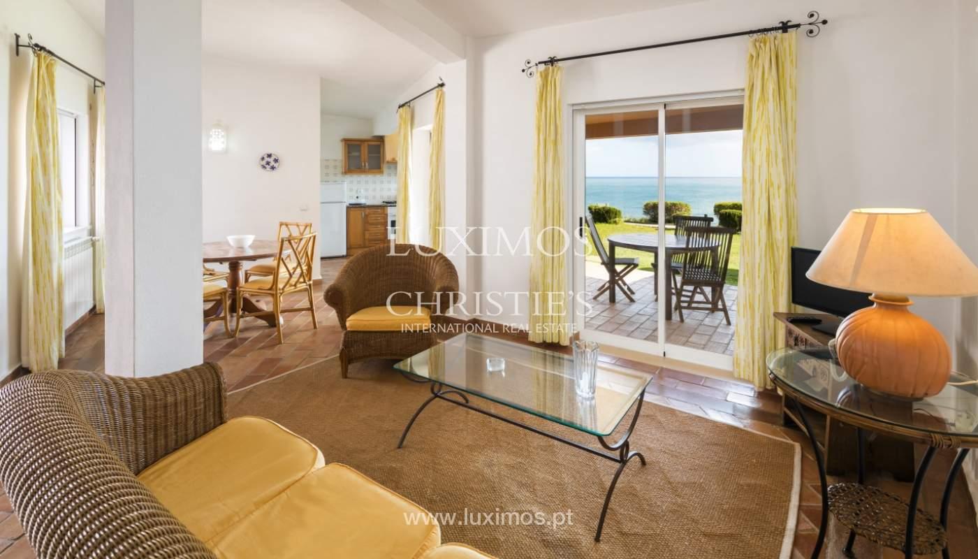 Venda de moradia com terraço, piscina e vistas mar, Lagos, Algarve_121973