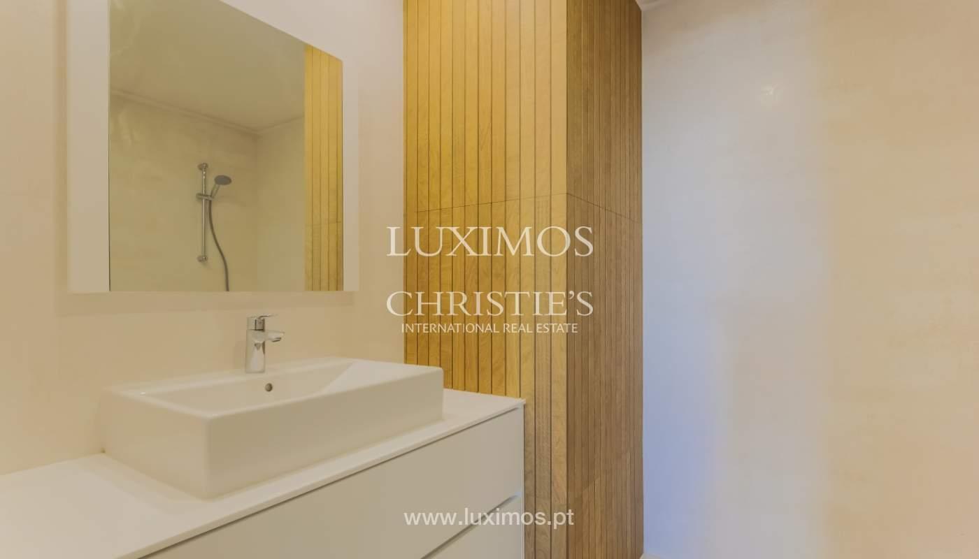 Venta de apartamento en una ubicación central, Oporto, Portugal_122280