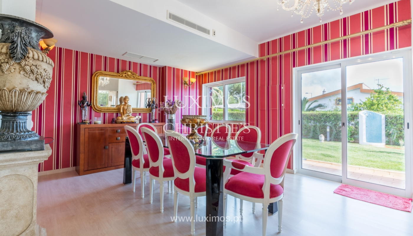 Villa à vendre avec piscine, près de golf, Vilamoura, Algarve,Portugal_122471