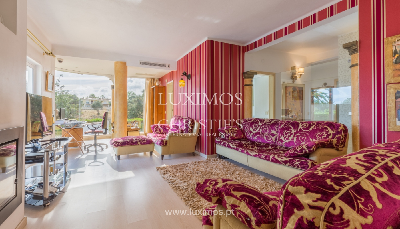 Villa for sale with pool, near the golf, Vilamoura, Algarve, Portugal_122474