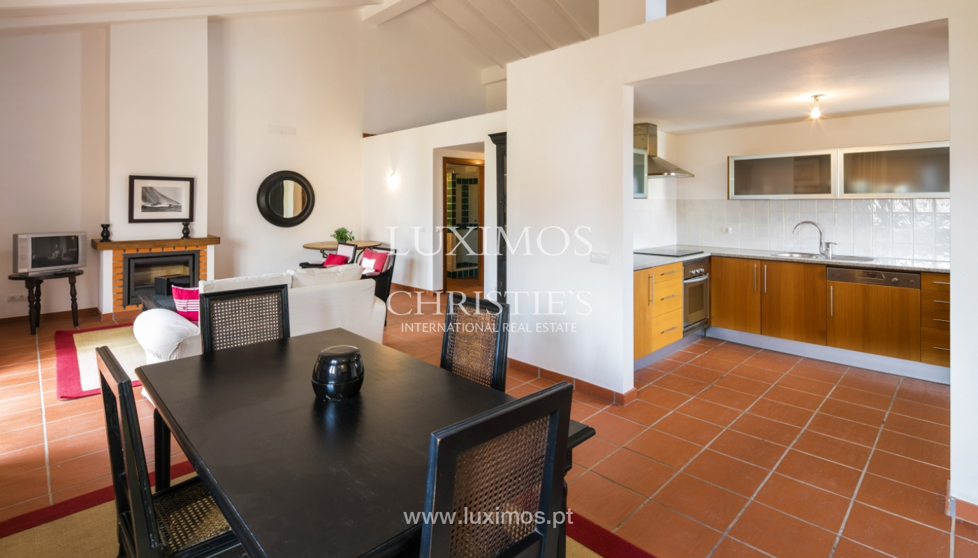 Villa for sale with pool and garden, near the beach, Algarve, Portugal_122485