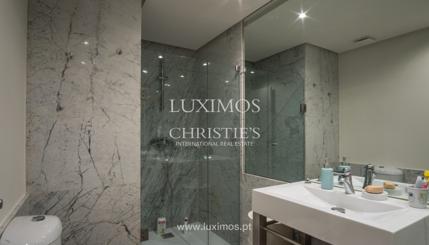 Sale of renovated apartment, with balcony, Porto Portugal_122536