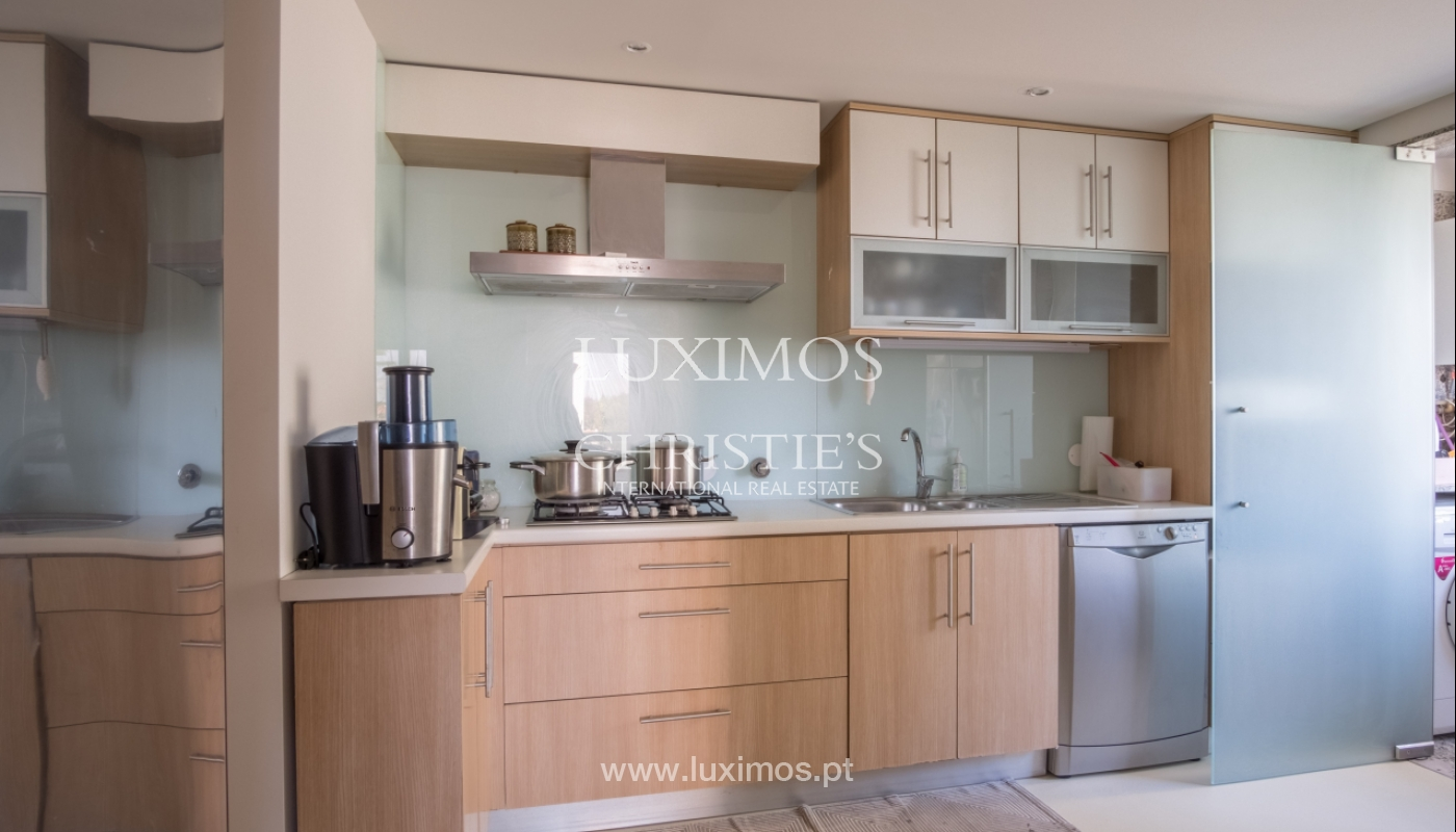 Sale of renovated apartment, with balcony, Porto Portugal_122561