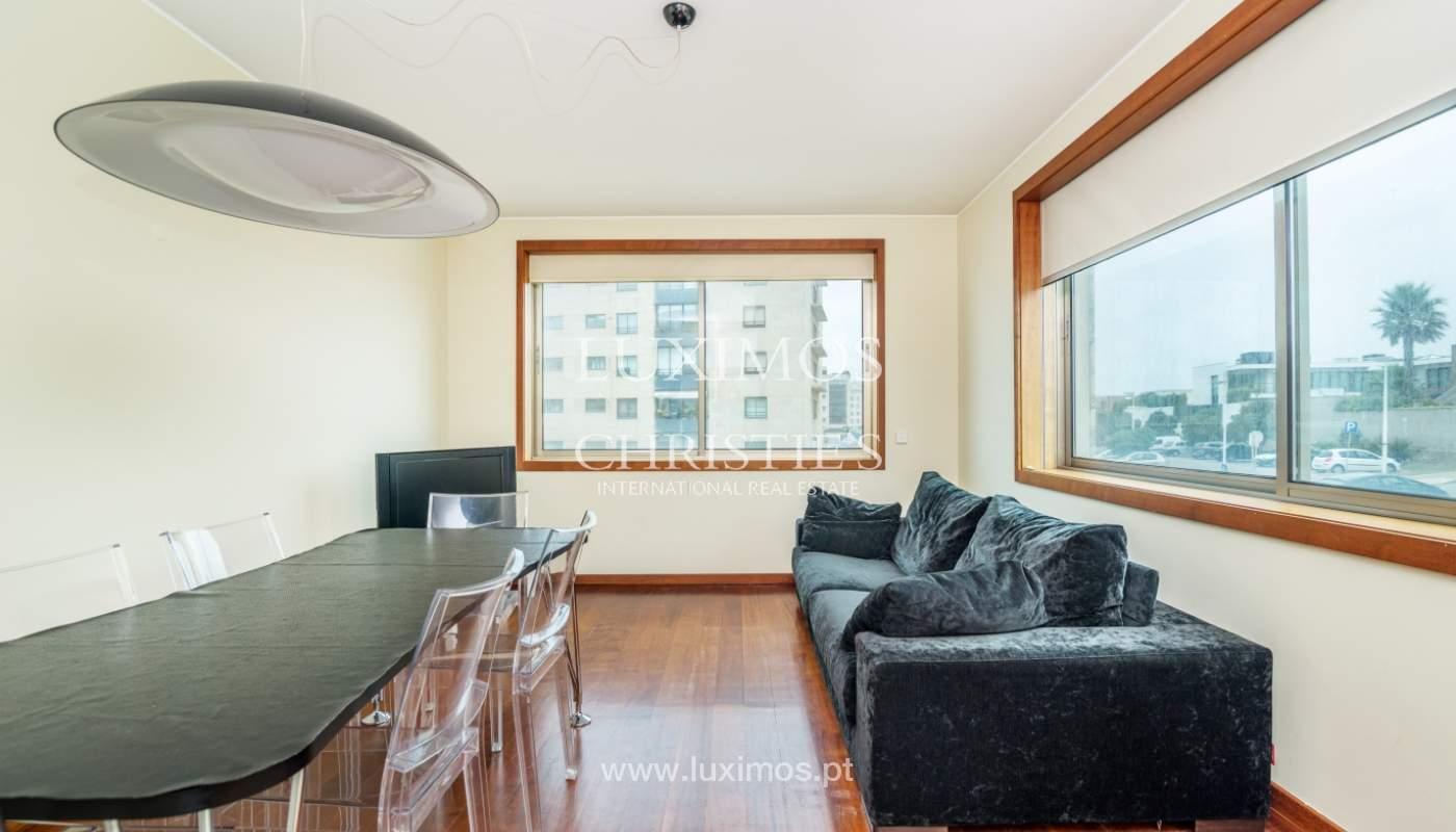 Sale of apartment with sea views, Leça da Palmeira, Portugal_122959