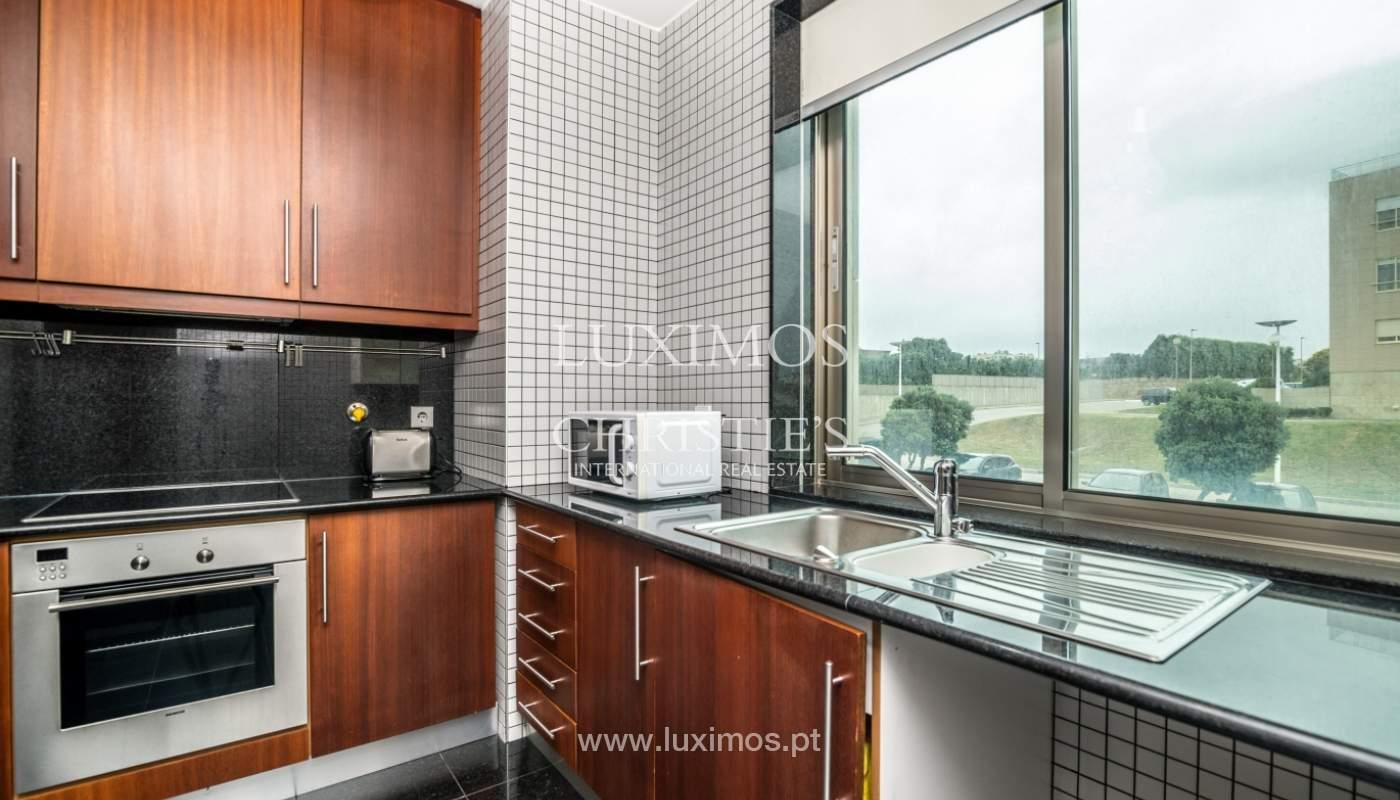 Sale of apartment with sea views, Leça da Palmeira, Portugal_122969