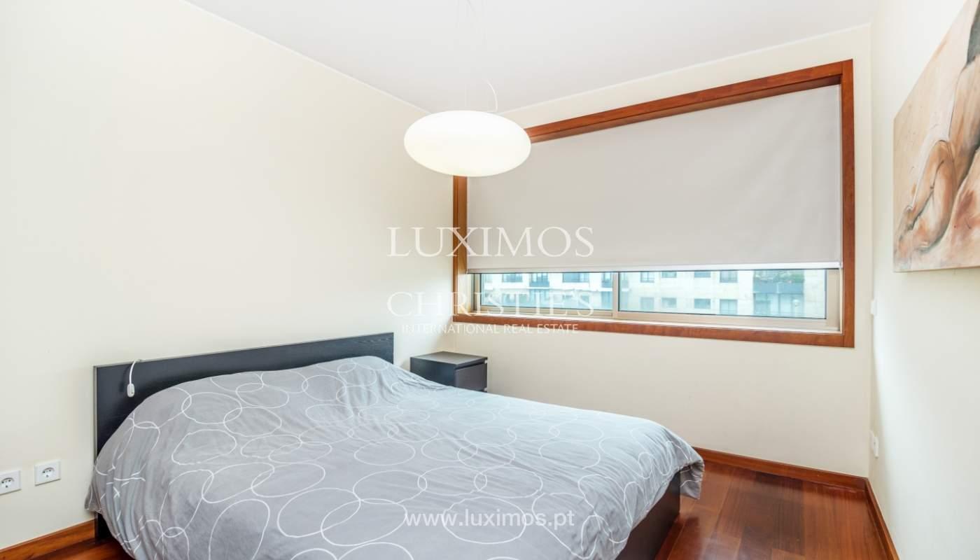 Sale of apartment with sea views, Leça da Palmeira, Portugal_122973