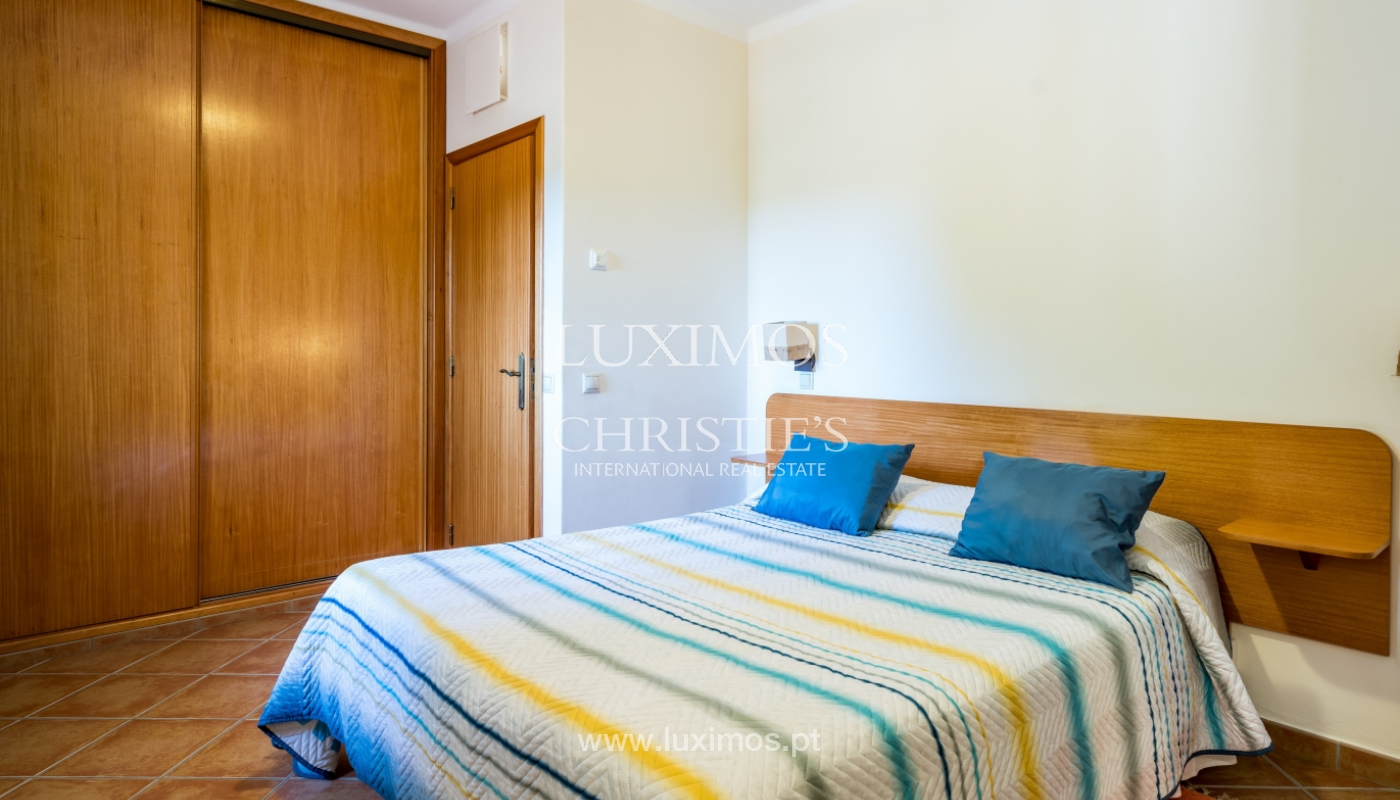 Sale of property with swimming pool in Estoi, Faro, Algarve, Portugal_123223