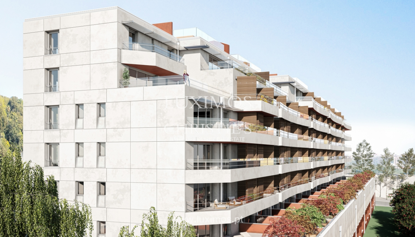 NEW 3-BEDROOM APARTMENT, TERRACE WITH GREEN AREAS, PORTO, PORTUGAL_124064